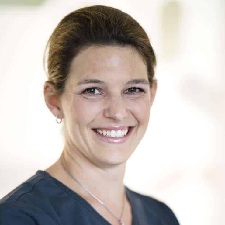 Dr. med. univ. Veronika AUGSCHÖLL